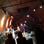 Grainne Duffy mit Band